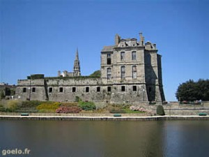 chateau-de-quintin